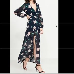 Long Sleeve Floral Pattern Maxi Dress